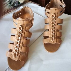 Light Brown Shoes Sz 8M